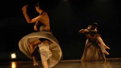 La danse réunit des artistes indiens, espagnols et portugais en Europe