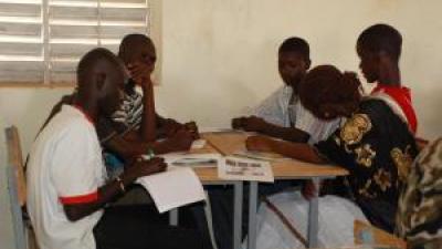 © ADOS - Séance d'échanges au Sénégal